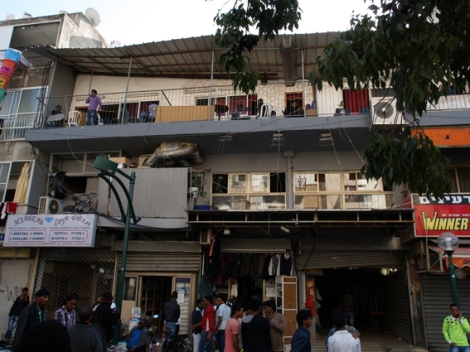 street scene in south tel aviv´s neve sha´anan street