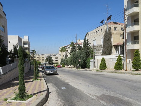 street in umm udhayna al-ghabri